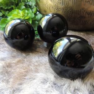 Sphère en obsidienne noire – Protection contre les énergies négatives