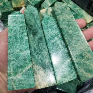 Tour d'aventurine verte -  La pierre de la chance