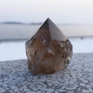 Quartz fumé -  La pierre de l'ancrage